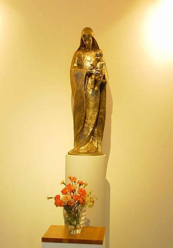 山口サビエル記念聖堂の聖母子像